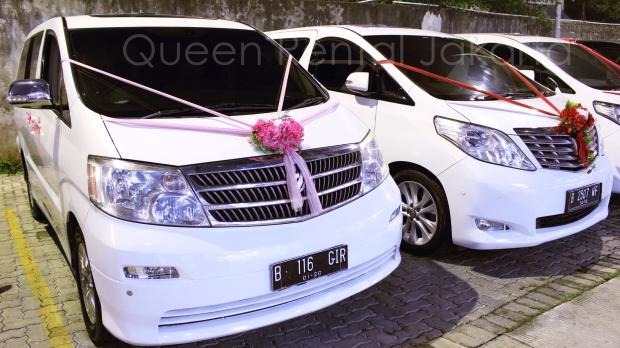 harga sewa mobil alphard di Lippo Karawaci Tangerang