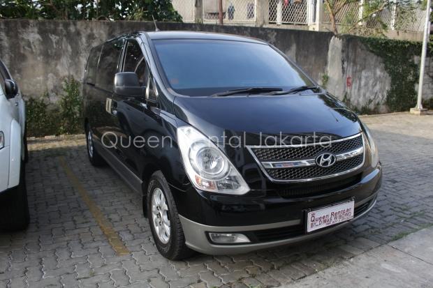 Rental Mobil Mewah Hyundai H1 Cinere Depok