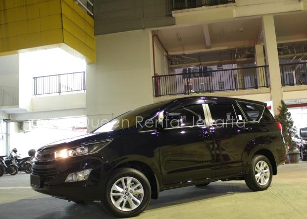 Rental MobilMewah Innova Kebayoran Lama- Jakrta Selatan