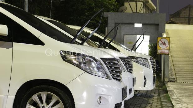 Sewa Mobil Mewah Alphard Vellfire Transformers di Cipedes- Sukajadi